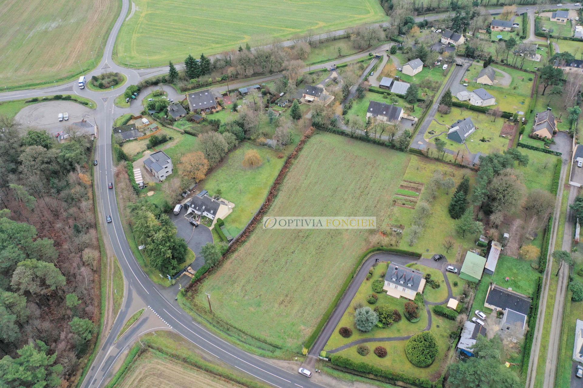 Terrain de 1 200 m² (10 % d'emprise au sol) - Entièrement viabilisé hors assainissement