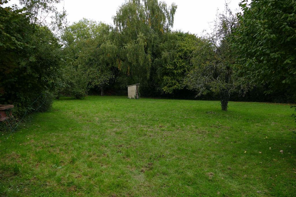 Terrain constructible PONT REAN - 1 200 m² - Hameau recherché - Tout à l'égout