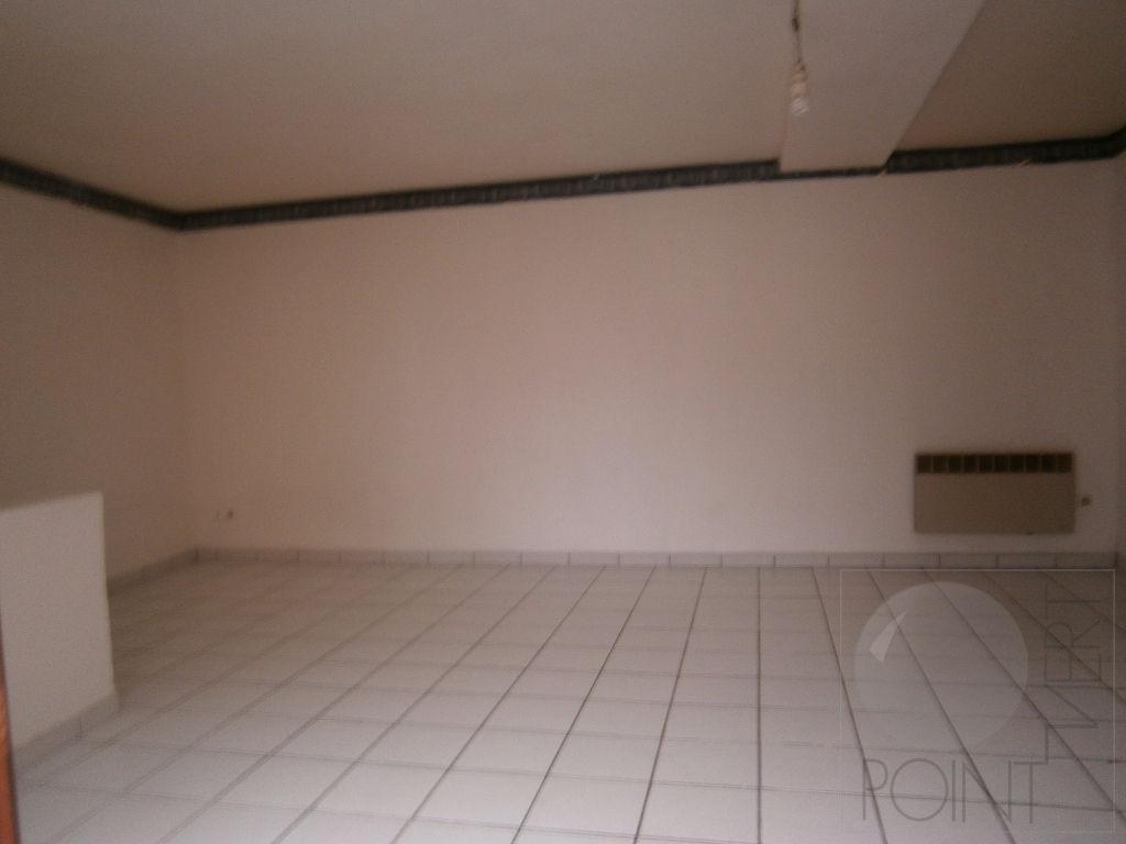 Appartement D Huison Longueville 1 pièce(s) 28 m2
