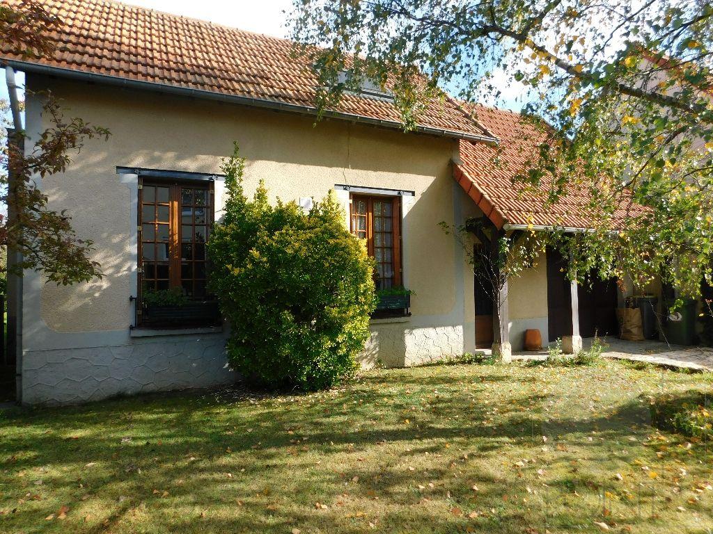 Maison Cerny 2 pièce(s) 66.42 m2