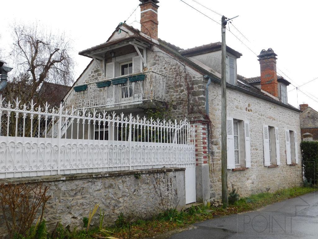 Maison Ancienne de 5 pièces