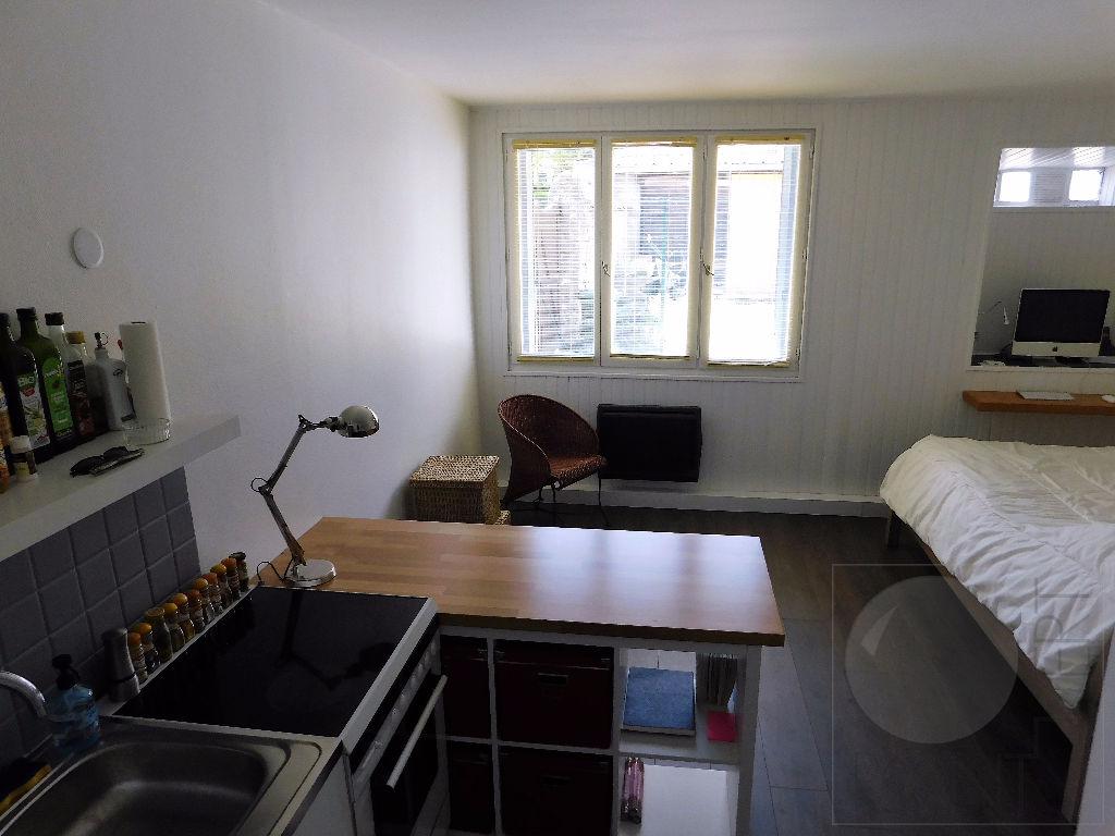 Appartement Cerny 1 pièce(s) 20.4 m2