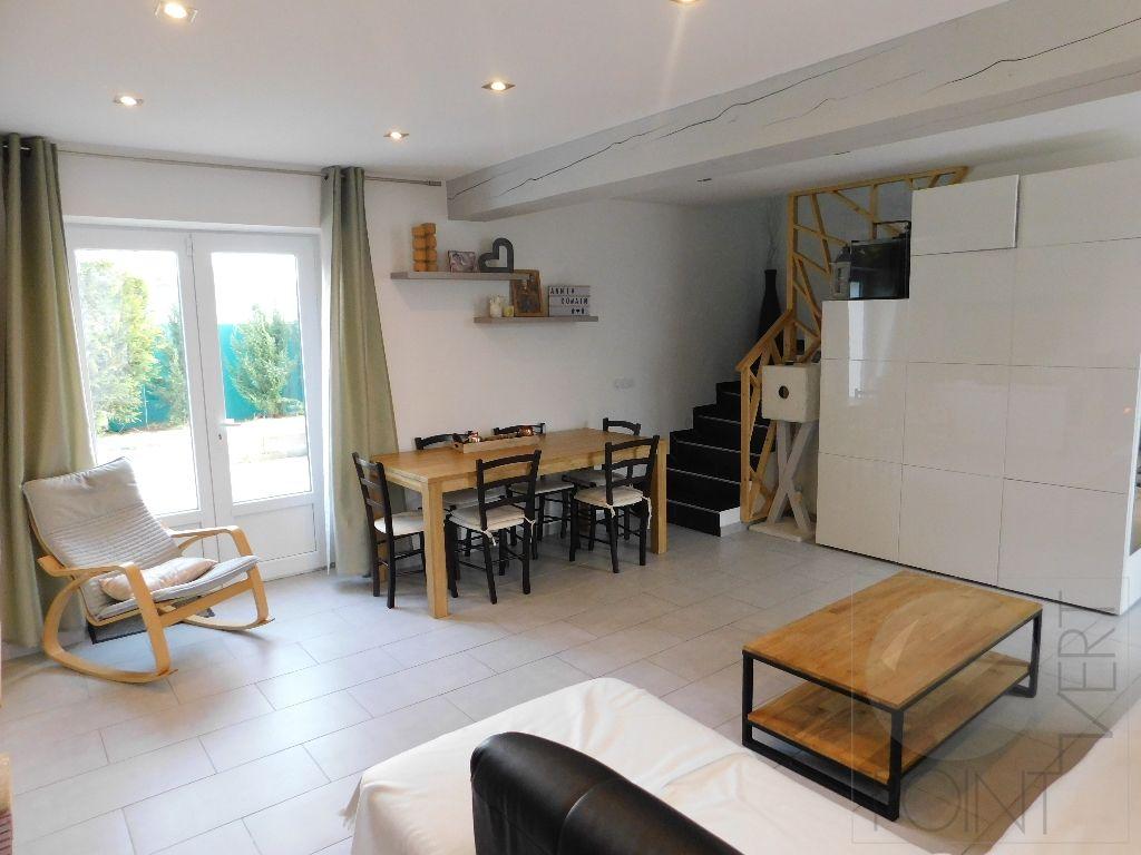Maison Cerny 4 pièce(s) 73 m2