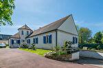 Maison Magny Les Hameaux 6 pièce(s) 200 m2