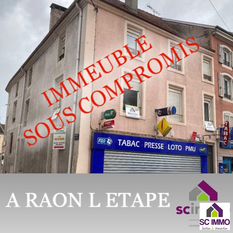 Immeuble Raon 3 appartements / 2 locaux commerciaux