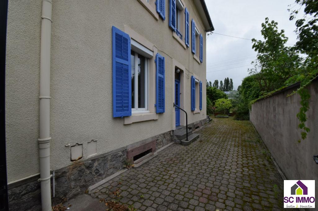 Maison Fraize 6 pièce(s) 143 m2