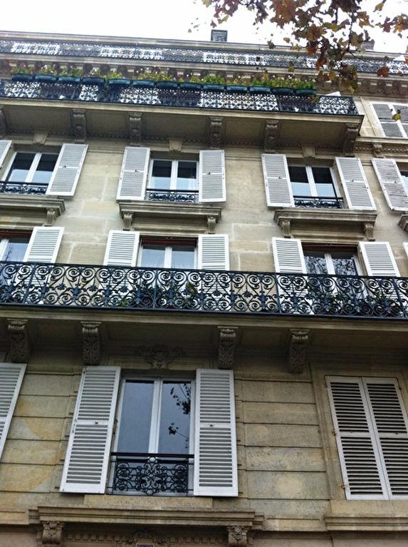 Appartement Paris 1 pièce(s) 14 m2