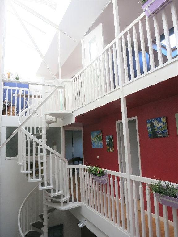 Appartement 7 pièces 137 m2 75019 Paris