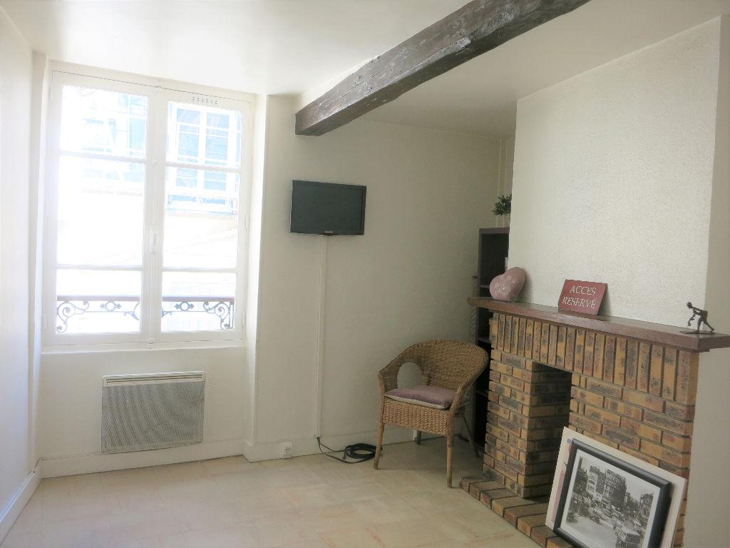 Appartement 2 pièces 28.7m2 + combles Paris 75004
