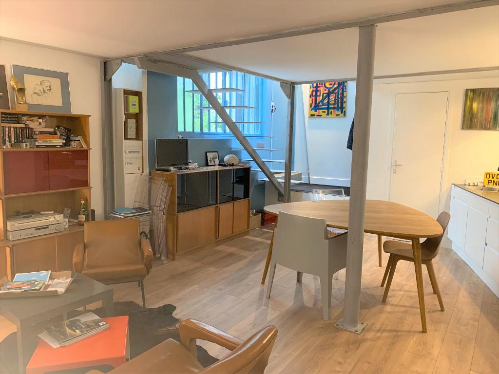 Appartement 3 pièces 59 m2 Paris 10ième