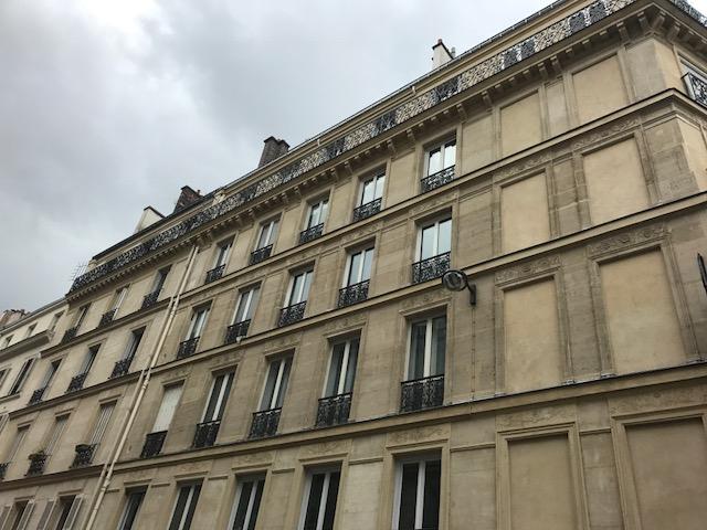 Studette 10.26m²  Paris 10ème