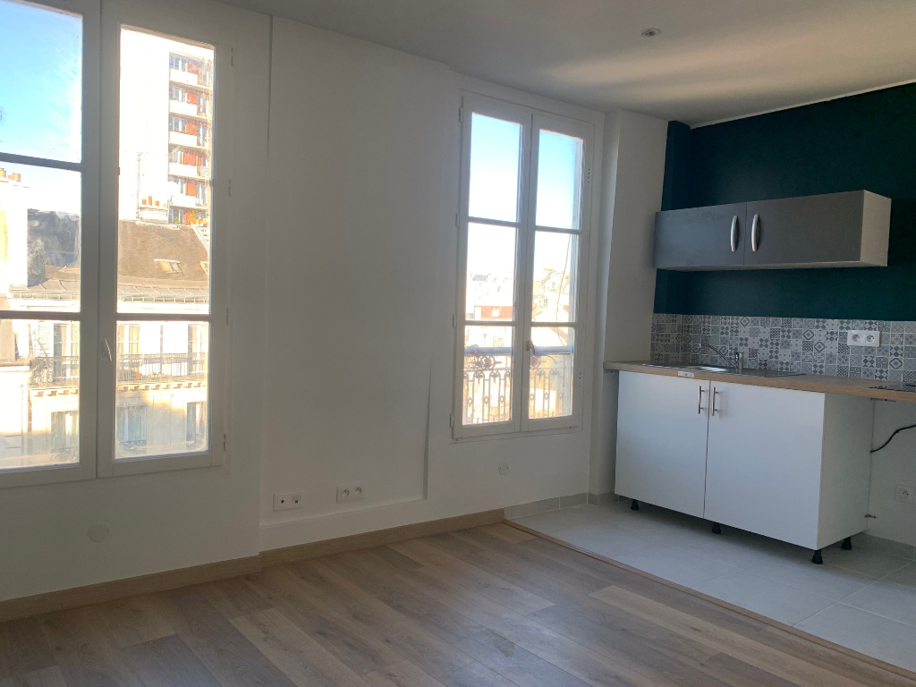 Studio 22m2 Paris 18ème