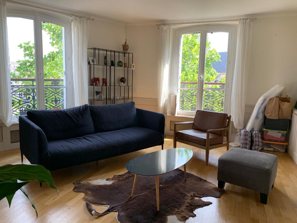 Appartement 4 pièces 93 m2 Paris 10ème