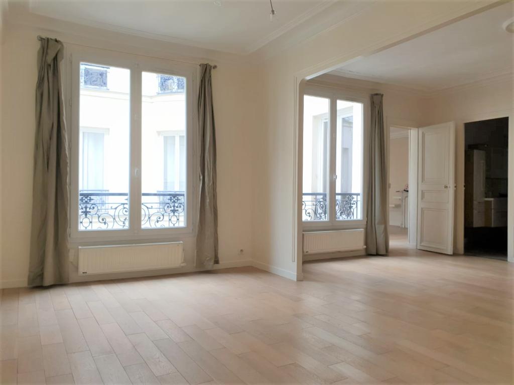 Appartement 4 pièces 79.99m² Paris 9ème