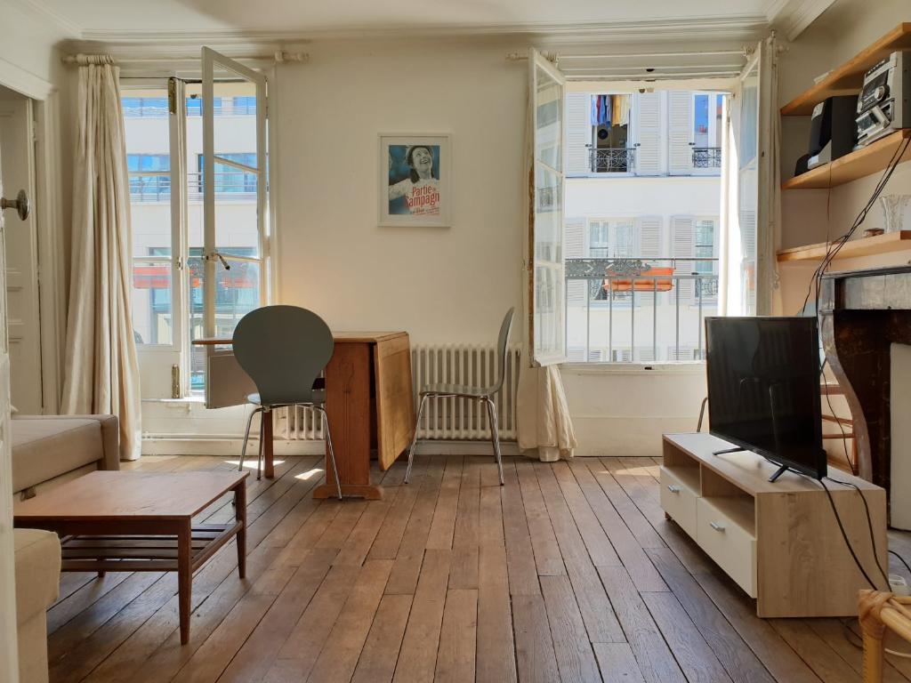 Appartement + Balcon 3 pièces 45m² 75010 Paris