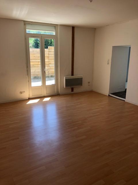Proche Bourg GUICHEN, appartement T2 avec terrasse