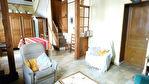 TEXT_PHOTO 0 - A vendre - Amiens Ouest. Belle maison de ville atypique avec grand jardin. 2 à 3 chambres, dont une en rez-de-chaussée, 1 bureau, cuisine récente. Quelques travaux. Beau potentiel !