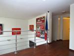 TEXT_PHOTO 1 - A vendre - Amiens St Pierre. Maison style loft, 3 chambres + 1 bureau (possibilité chambre), garage, séjour ouvert sur mezzanine, patio