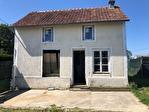 TEXT_PHOTO 0 - A vendre sur secteur de Saint-Sauflieu, maison mise à nu, avec terrain plat et clôturé