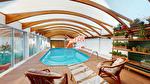 TEXT_PHOTO 0 - A VENDRE - Secteur Villers-Bocage. Maison individuelle de plain pied avec piscine couverte, 2 chambres, vaste séjour, véranda et cuisine aménagée équipée.