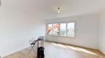 TEXT_PHOTO 1 - A vendre à Amiens quartier Henriville, appartement T3, 2 chambres, place de parking privative et cave.