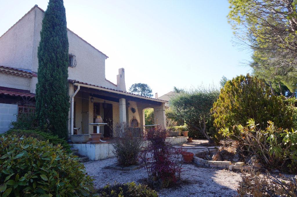 A vendre Villa T4 de 160m² + Studio de  40m²  La Croix Rouge 13013 Marseille