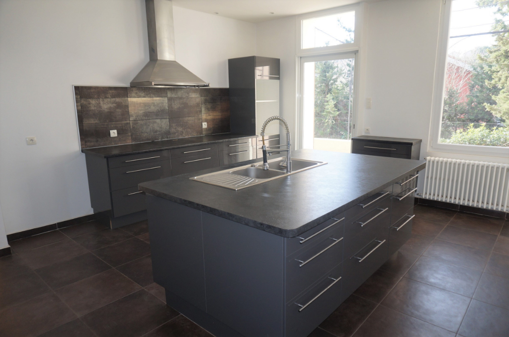 A Vendre Maison T6 225m² Sur Allauch 13190