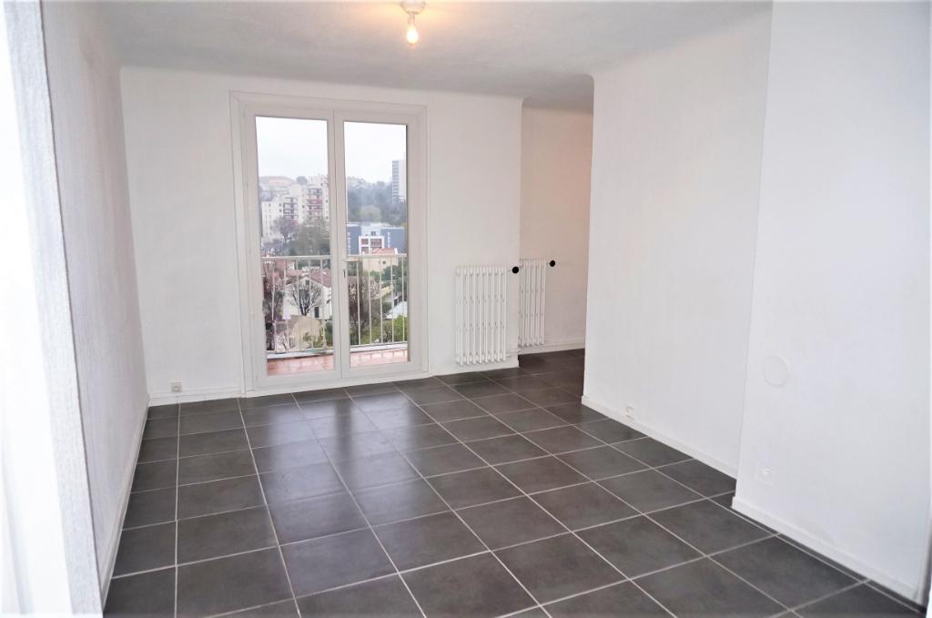 A Vendre appartement T3 62 m² secteur Saint - Just 13013 Marseille