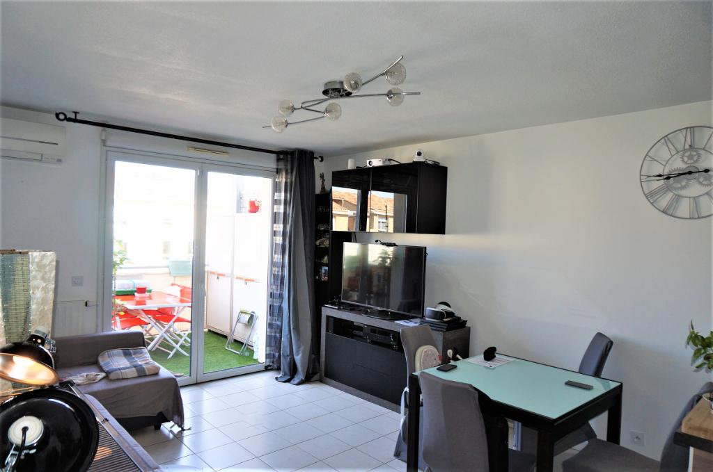 A Vendre appartement T3 56 m² secteur 3 lucs 13012 Marseille