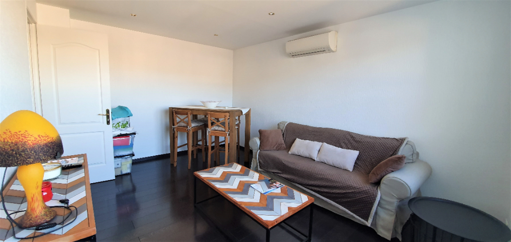 A vendre appartement Marseille 2 pièce(s) 40 m2 secteur Pont de Vivaux 13010