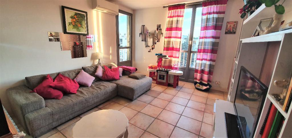 A vendre bel appartement T4 avec Loggia et balcon La Pounche 13190 ALLAUCH13190