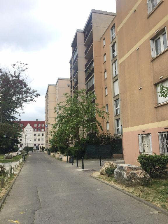 T2 48m² balcon /  La Cepiere