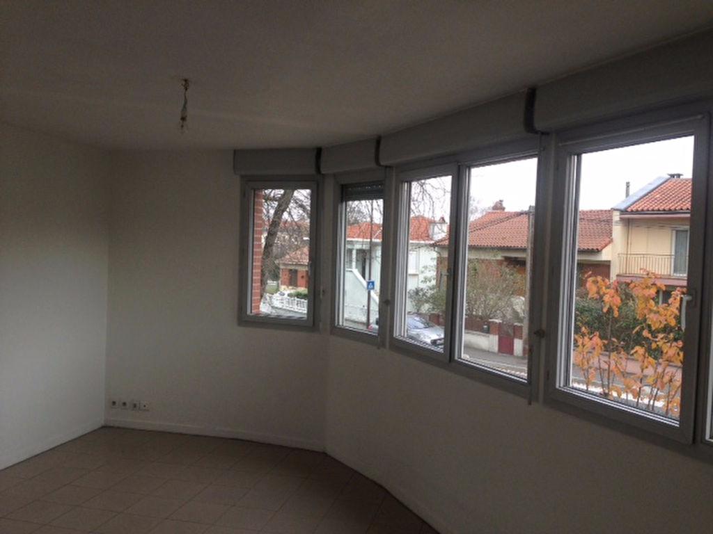 A Louer Toulouse RANGUEIL T2 36 m²  520 €cc