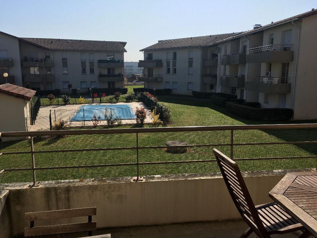A Vendre TOULOUSE SAINT MARTIN : Appartement T2 47 m² hab, terrasse, parking