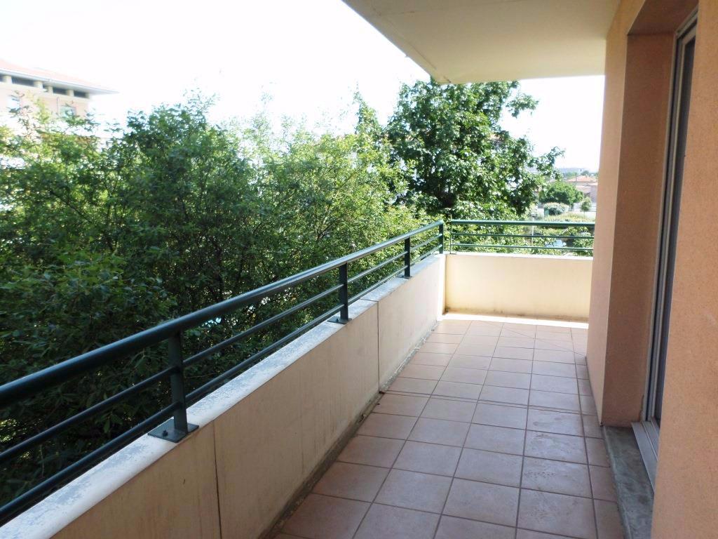 T4 94 m² PATTE D OIE HIPPODROME 1395 €CC