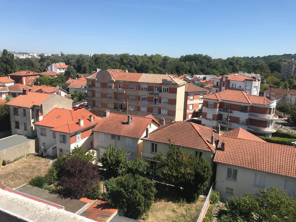 Toulouse / Av de Muret: A Vendre Appartement T2 38 m² hab env  113 500€