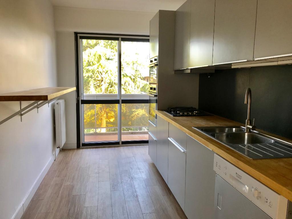 A vendre: Appartement Toulouse Patte d'oie T4 110 m², balcons, box fermé