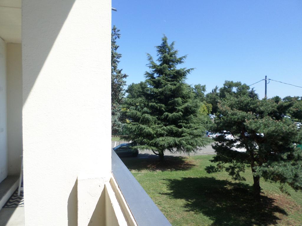 A Vendre TOULOUSE Appartement T5 DE 87 m²  SECTEUR CASSELARDIT AVEC 2 BALCONS, PARKINGS ET CAVE