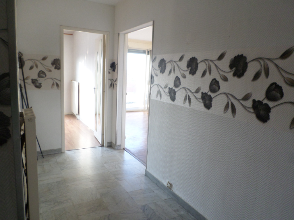 A VENDRE : Appartement T3 65 m² - TOULOUSE Papus , parking et cave