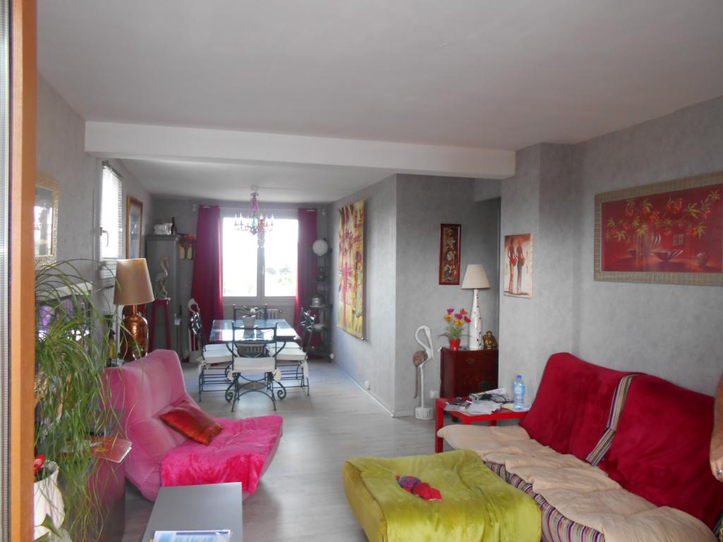 A Vendre Toulouse Route de Seysses, Appartement T3 66,5 m², 149 000€, garage fermé et cellier