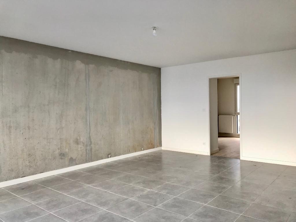 A vendre: Appartement neuf de type 4, haut standing, Saint Martin du Touch