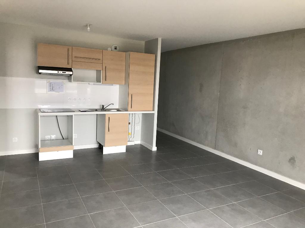 A vendre: Appartement neuf de type 3, haut standing, Saint Martin du Touch
