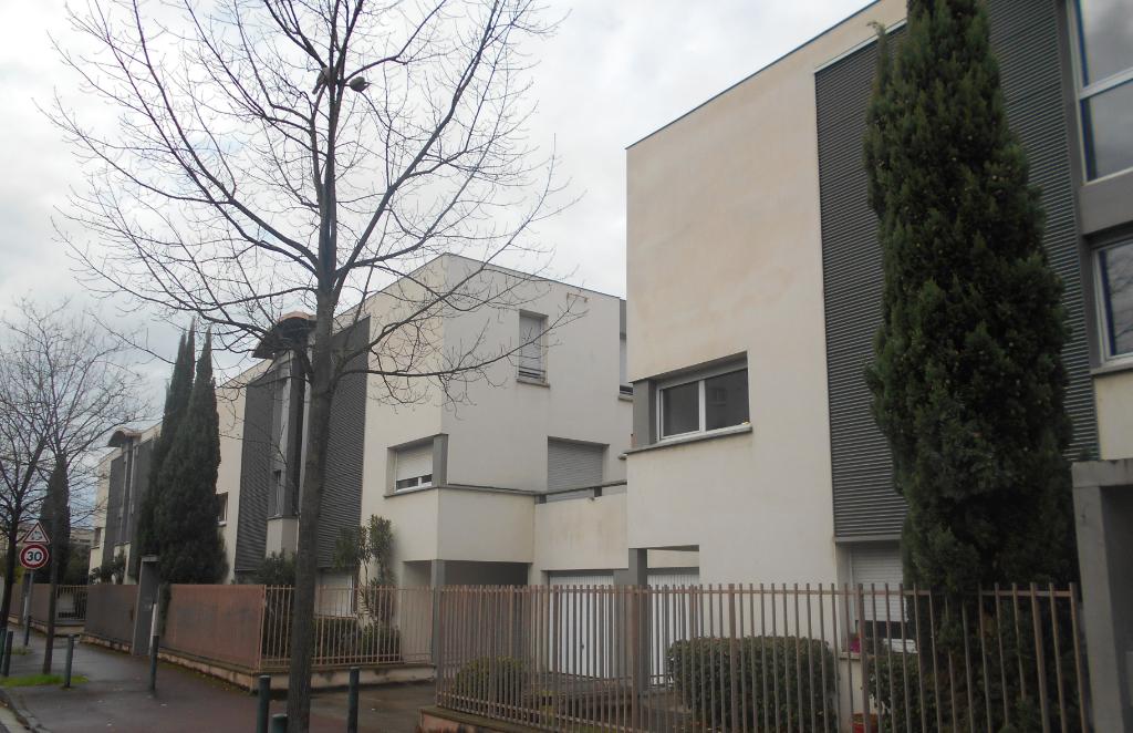 A VENDRE DUPLEX T4 80 m² hab env, terrasse, parking