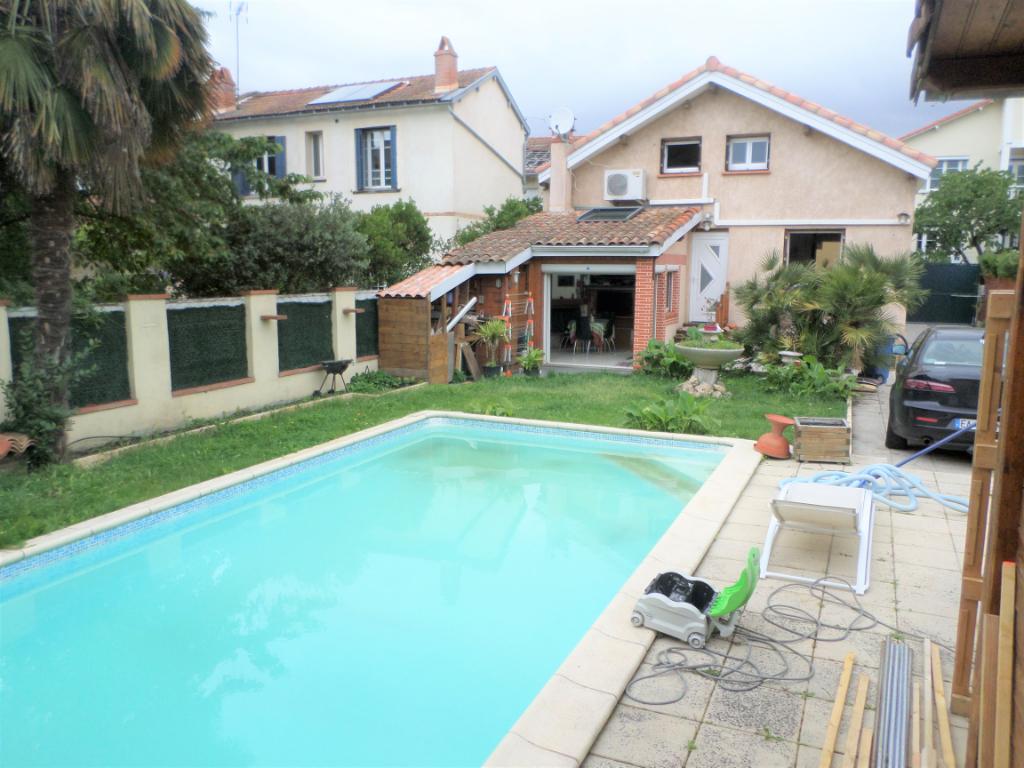 A VENDRE : Maison Toulouse 5 pièce(s) 120 m2  hippodrome jardin piscine parking
