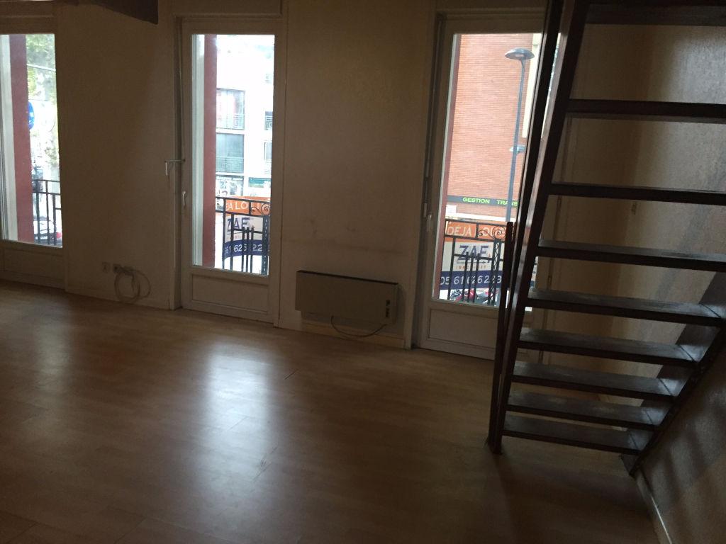 A Louer Toulouse St Michel T2 Duplex de 43 m²  550€ cc