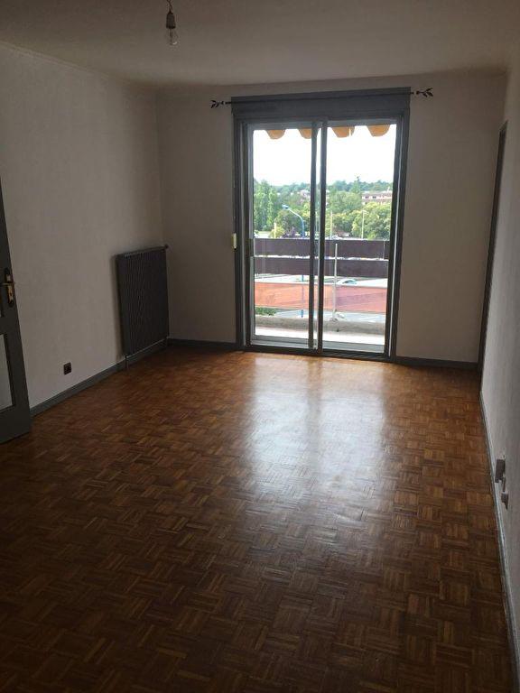 A VENDRE Appartement  T2, 47 m² hab, balcon, cave et parking Excellent état