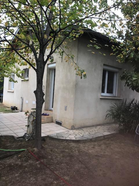 A VENDRE Maison de plain-pied T4/95 m² hab env, garage, studio de 15 m² hab, parcelle 428 m²