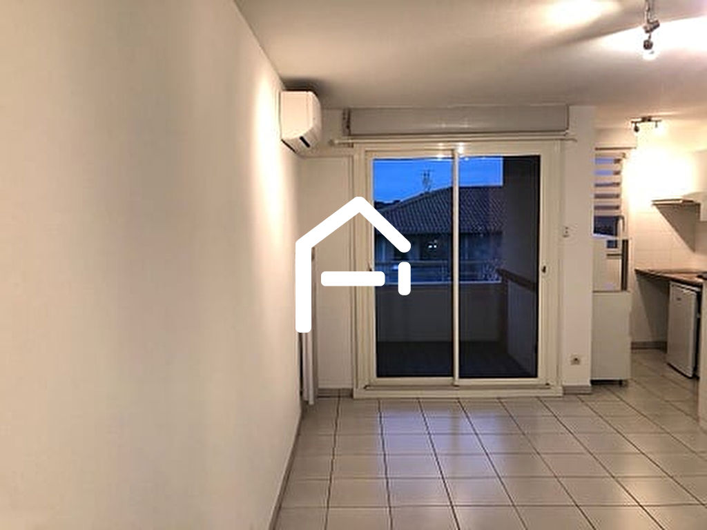Appartement T2 42 m2; Parking S/S; Balcon; Clim; Piscine